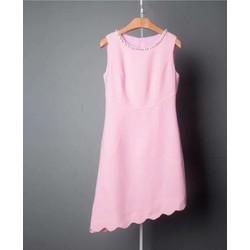 Đầm suông tà xéo