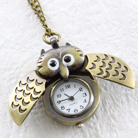 Dây chuyền đồng hồ Cú bật cánh đáng yêu