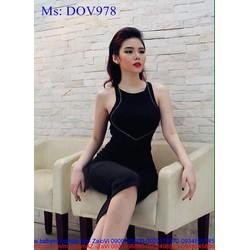 Đầm body kiểu cổ yếm màu đen sang trọng sành điệu DOV978