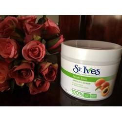 Kem tẩy tế bào chết hương mơ St.Ives Apricot Scrub