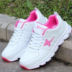 Giày thể thao nữ phong cách TT035H