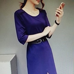 Đầm thun nữ thiết kế đơn giản, phong cách sang trọng.