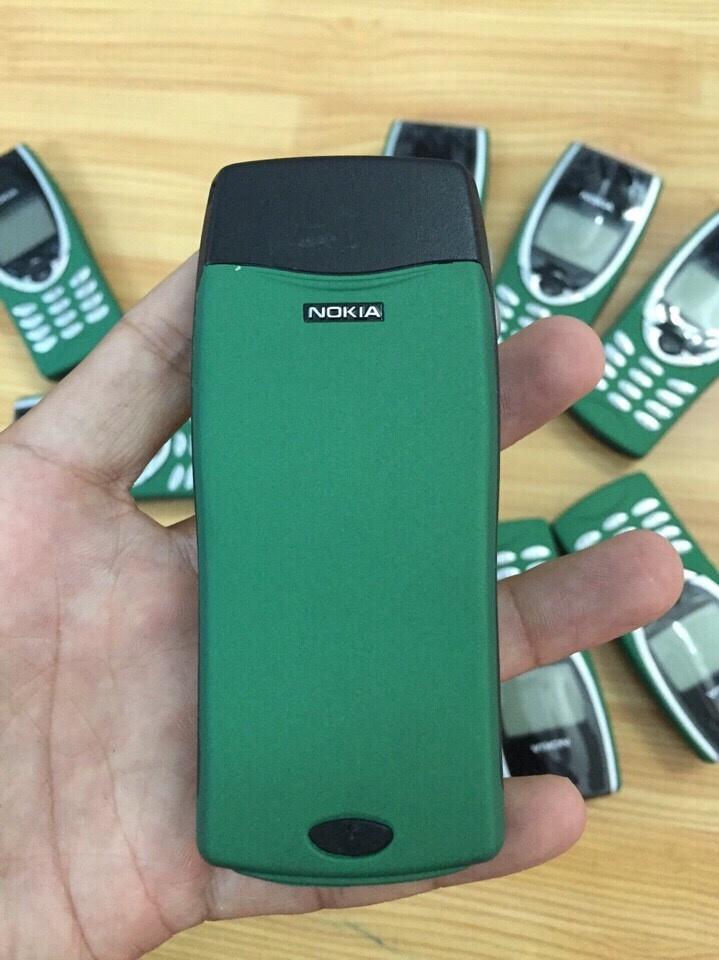 Nokia 8210 2