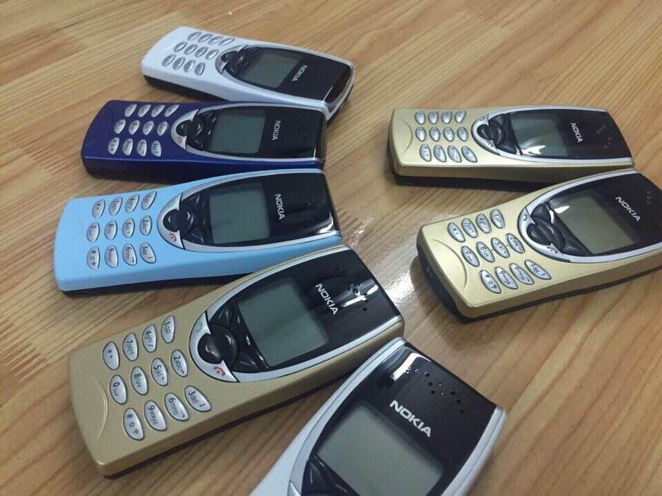 Nokia 8210 6