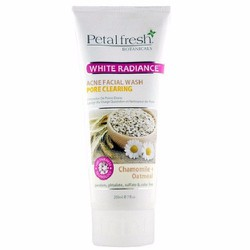 Sữa rửa mặt organic trắng da và trị mụn Yến mạch Petal Fresh