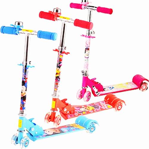 Xe đạp trượt scooter 3 bánh phát sáng và có chuông cho bé - 4051997 , 3880960 , 15_3880960 , 269000 , Xe-dap-truot-scooter-3-banh-phat-sang-va-co-chuong-cho-be-15_3880960 , sendo.vn , Xe đạp trượt scooter 3 bánh phát sáng và có chuông cho bé