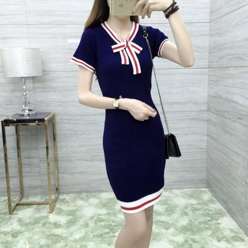 Đầm len nữ ngắn tay thời trang, thiết kế mới nữ tính, mẫu xinh xắn - 4051968 , 3880431 , 15_3880431 , 250000 , Dam-len-nu-ngan-tay-thoi-trang-thiet-ke-moi-nu-tinh-mau-xinh-xan-15_3880431 , sendo.vn , Đầm len nữ ngắn tay thời trang, thiết kế mới nữ tính, mẫu xinh xắn