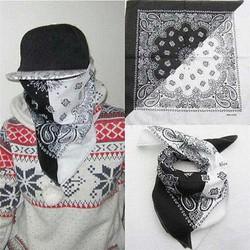 khăn turban đen kết hợp trắng