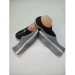 Giày nhựa nữ thời trang