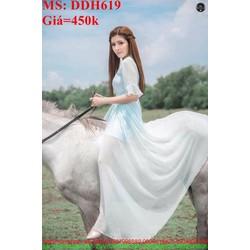 Đầm maxi xẻ tả dài phong cách trẻ trung và xinh đẹp