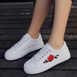 giày thêu hoa