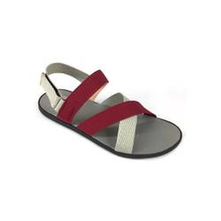 Giày sandal 3 quai phong cách trẻ trung