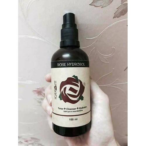 nước hoa hồng chiết xuất từ cánh hoa hồng karose