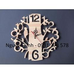 Đồng hồ treo tường hình gốc cây