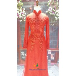 Áo dài cô dâu đỏ truyền thống