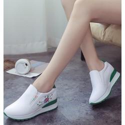 giày slip on nữ độn 7p da cao cấp siêu mềm ,nhẹ