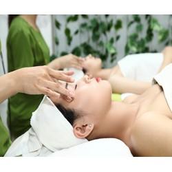 Dịch Vụ Massage Chuyên Sâu Vùng Mắt Tại Kim Spa