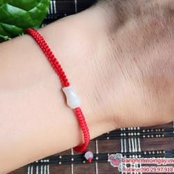 vòng tay dây đỏ may mắn