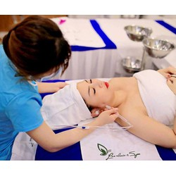 Chăm sóc da mặt chuyên sâu cung cấp độ ẩm cho da