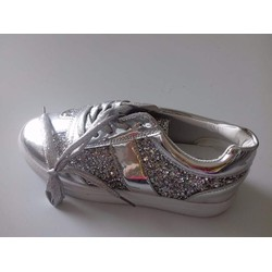 giày thể thao nữ đa kiểu dáng