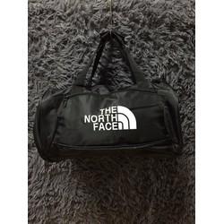 Túi đeo chéo phong cách thể thao