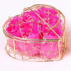 Hoa hồng sáp thơm lồng trái tim quà tặng ý nghĩa