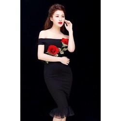 Đầm ôm body kiểu vai ngang đẹp thiết kế đính hoa hồng bắt mắt