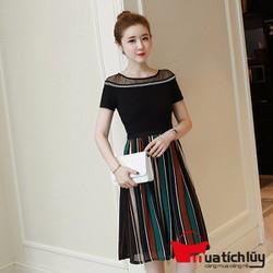 Đầm xòe váy sọc màu kèm áo thun