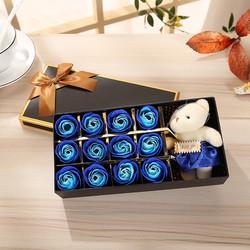 Hộp quà gấu và hoa hồng sáp 12 bông Màu xanh dương bởi WinWinShop88