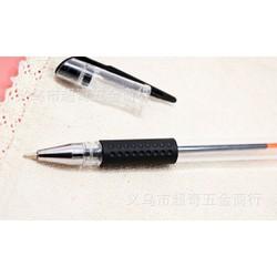 Bút đen có 6 ngòi thay thế x2 bộ