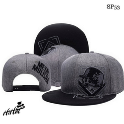 Mũ nón snapback đơn giản, độc đáo