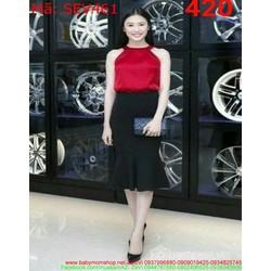 Sét áo kiểu cổ yếm và váy đuôi cá sành điệu SEV461