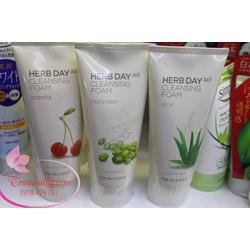 sữa rửa mặt The Face Shop Herb Day 365 hương cherry dưỡng trắng