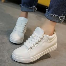 Giày bata nữ khuy siêu hot