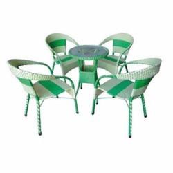 bàn ghế nhựa giả mây nhựa đúc cần bán gấp