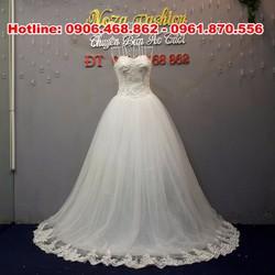 áo cưới cúp ngực tim, tùng xòe rộng AC454