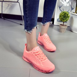Giày thể thao dạ quang