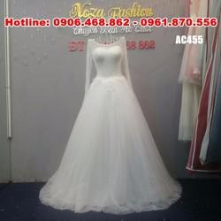 váy cưới tay dài, váy xòe nhẹ nhàng, kết cườm tinh tế AC455