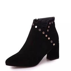 Giày bốt nữ cổ ngắn sành điệu