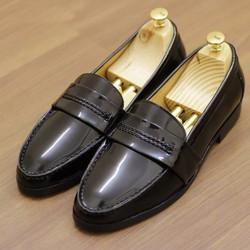 Giày lười giày mọi da bóng màu đen dành cho nam