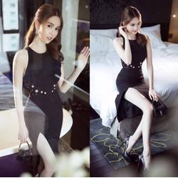 Đầm Ngọc Trinh ôm body thiết kế xẻ tà tuyệt đẹp