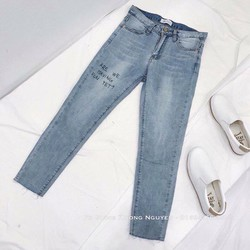 Quần jeans dài wash ống