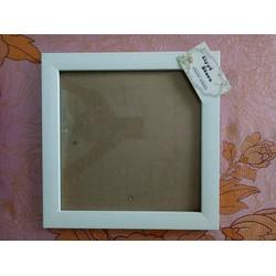 Khung ảnh vuông treo tường màu trắng 25x25cm