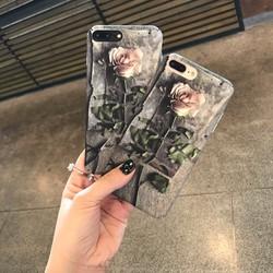 Ốp lưng Hoa hồng bí ẩn phong cách Châu Âu cách tân iPhone 7
