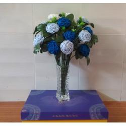 Bình hoa hồng tông xanh