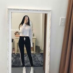 quần viền sọc trắng