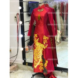 áo dài vẽ con công sắc sảo đỏ hoa tiết vang đồng
