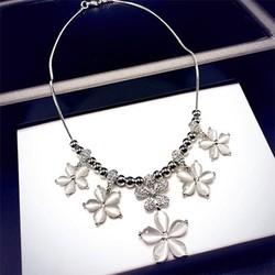 dây chuyền nữ họa tiết  hoa 5 cánh sang trọng nữ tính