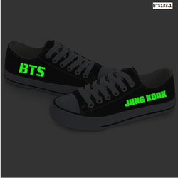 Giày BTS dáng convers cổ thấp màu đen dạ quang