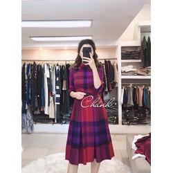 Đầm xoè cổ peter siêu xinh